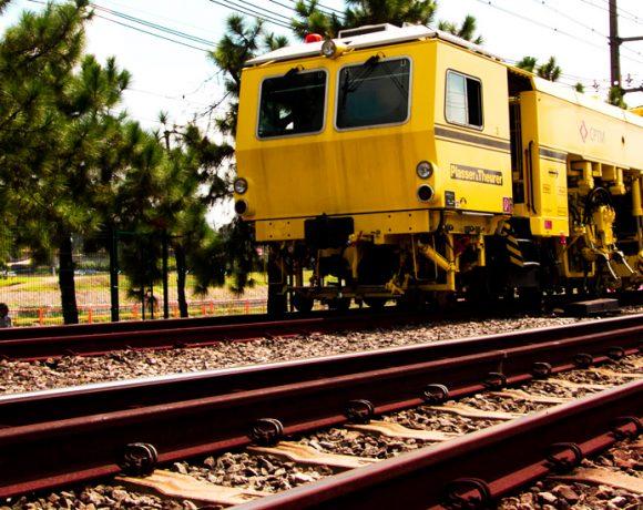 Trem de manutenção da CPTM Obras de modernização