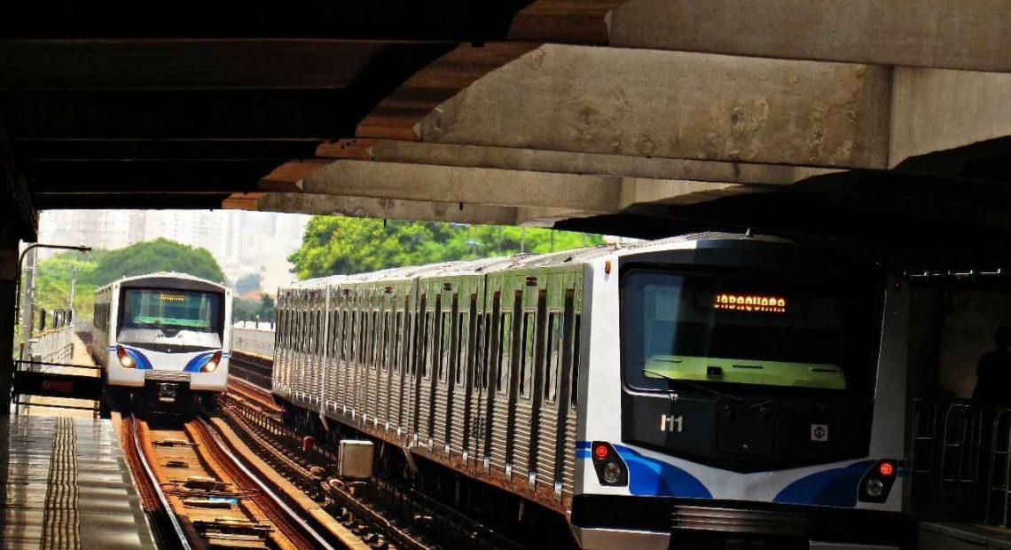 Trens do Metrô
