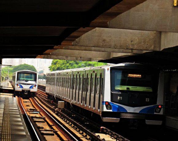 Trens do Metrô linha 1-Azul