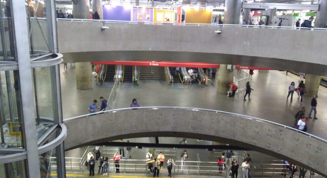 Estação Sé metroviários