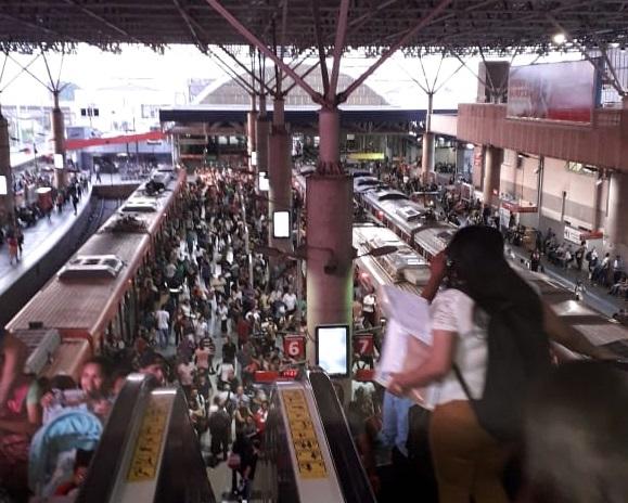 estação brás plataforma 12