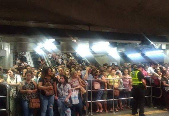 sobre trilhos Falha no Metrô e na ViaQuatro