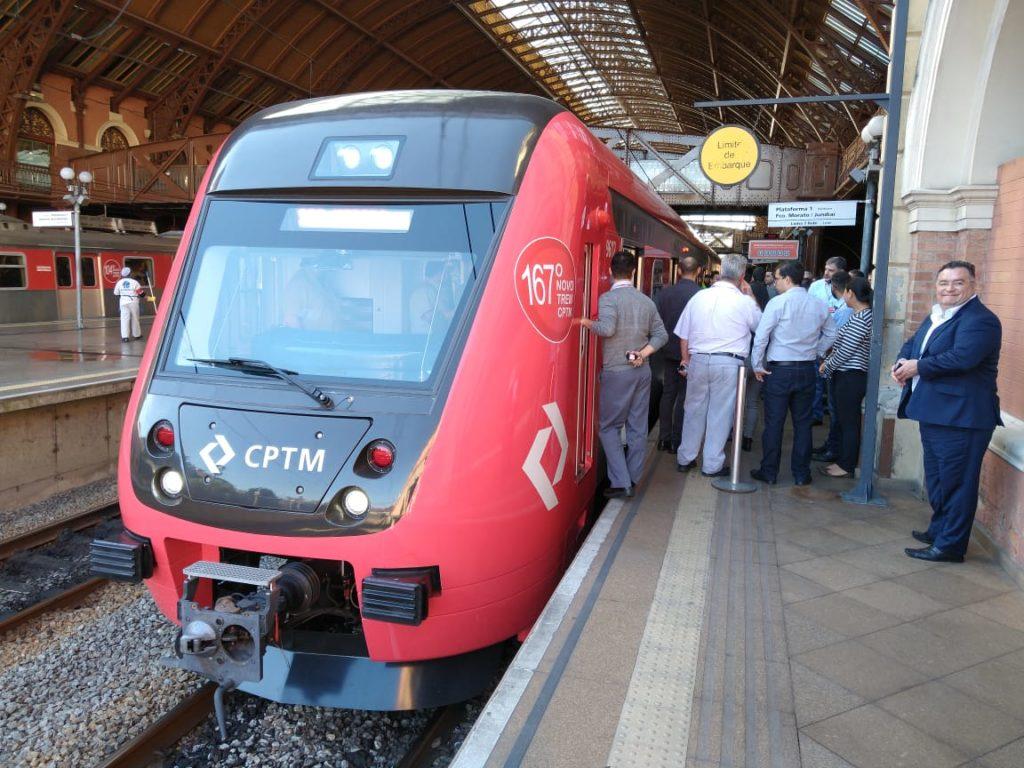 Novos trens na Linha 7-Rubi