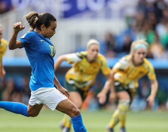 Marta em campo Copa do Mundo de Futebol Feminino