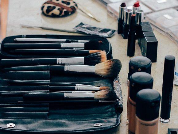 Efeito lifting Escola Nacional de Maquiagem
