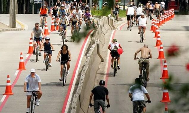 De acordo com a Prefeitura, as propostas apresentadas até o momento não atendem aos requisitos legais e não garantem a segurança dos ciclistas. Foto: Caio Lobo.