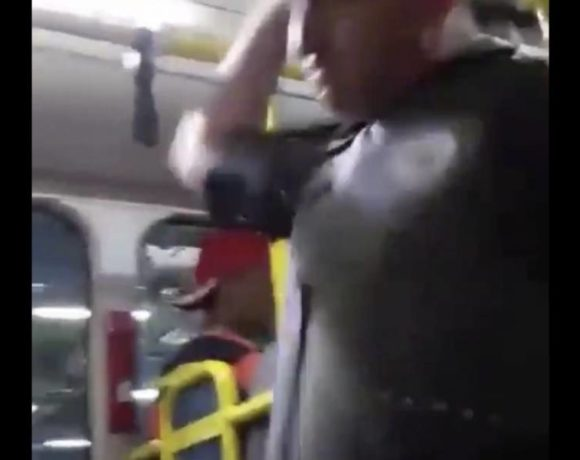 PM agride passageiros em ônibus