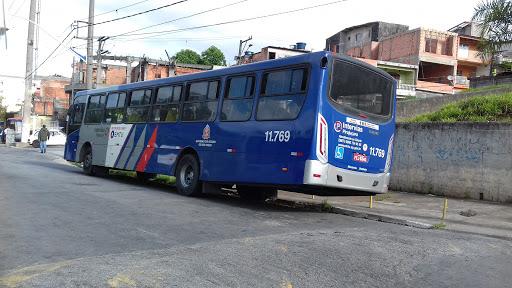 ônibus da EMTU Embu das Artes e Taboão