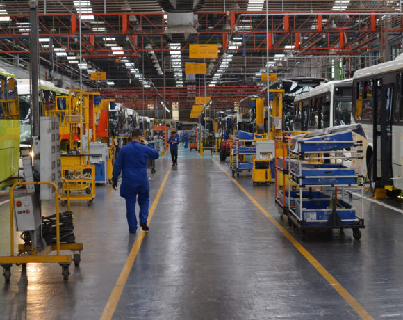 Linha de produção Marcopolo